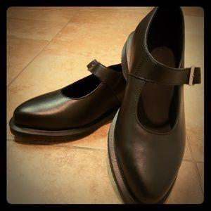 Dr  Martens women's shoes